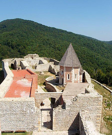 хорватская архитектура, крепостная архитектура, крепость Медведград