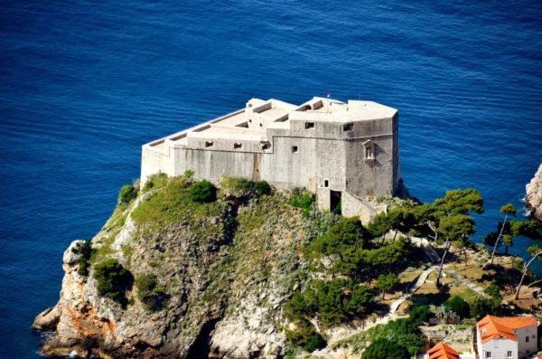 хорватская архитектура, крепостная архитектура, крепостные стены Дубровника, Лорьенац