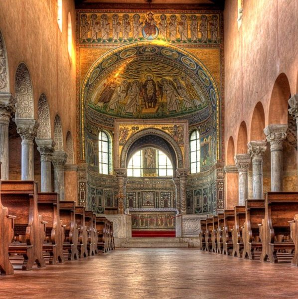 хорватская архитектура, Средневековье, Евфразиева базилика