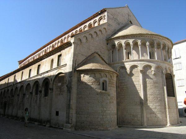хорватская архитектура, романский стиль, храм св.Кршевана